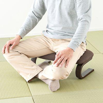 痺れる あぐら 左足のしびれの原因を解説!疑うべき4つの病気とは?